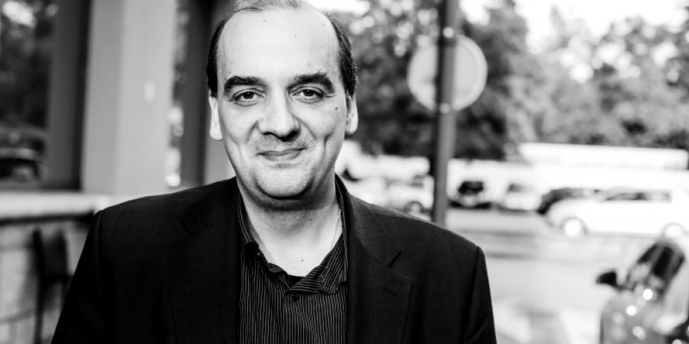 Dr. Konstantinos Farsalinos, raziskovalec: V javnosti kroži ogromno napačnih informacij o e-cigaretah
